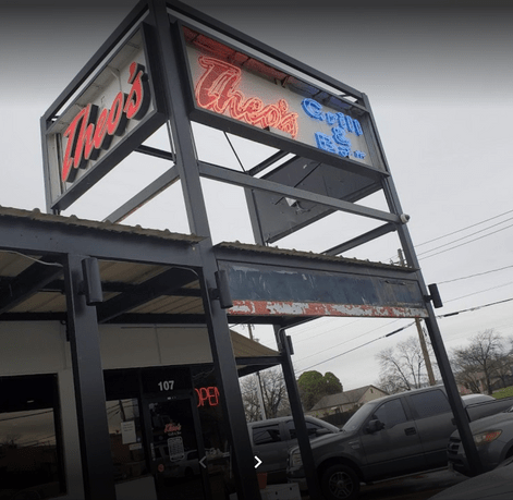 Theo's Bar and Grill